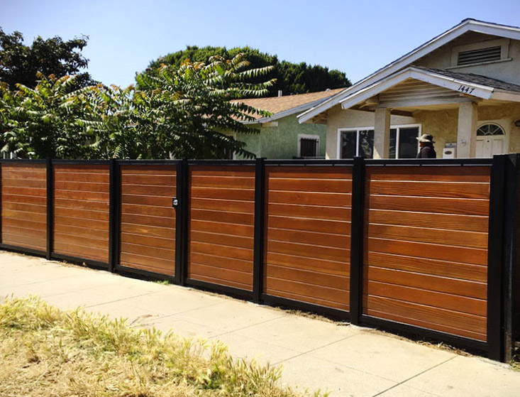 Black:Brown Wood Privacy Fence Folsom CA
