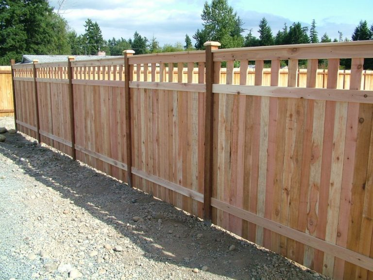 Cedar Wood Privacy Fence Folsom CA